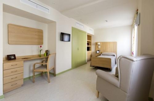 Residencia de ancianos Santo Domingo (Madrid)