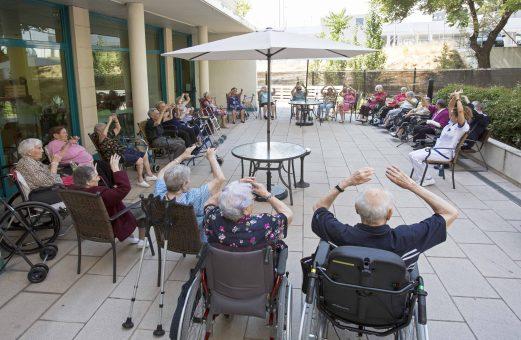 El bienestar de los mayores, una prioridad durante la ola de calor