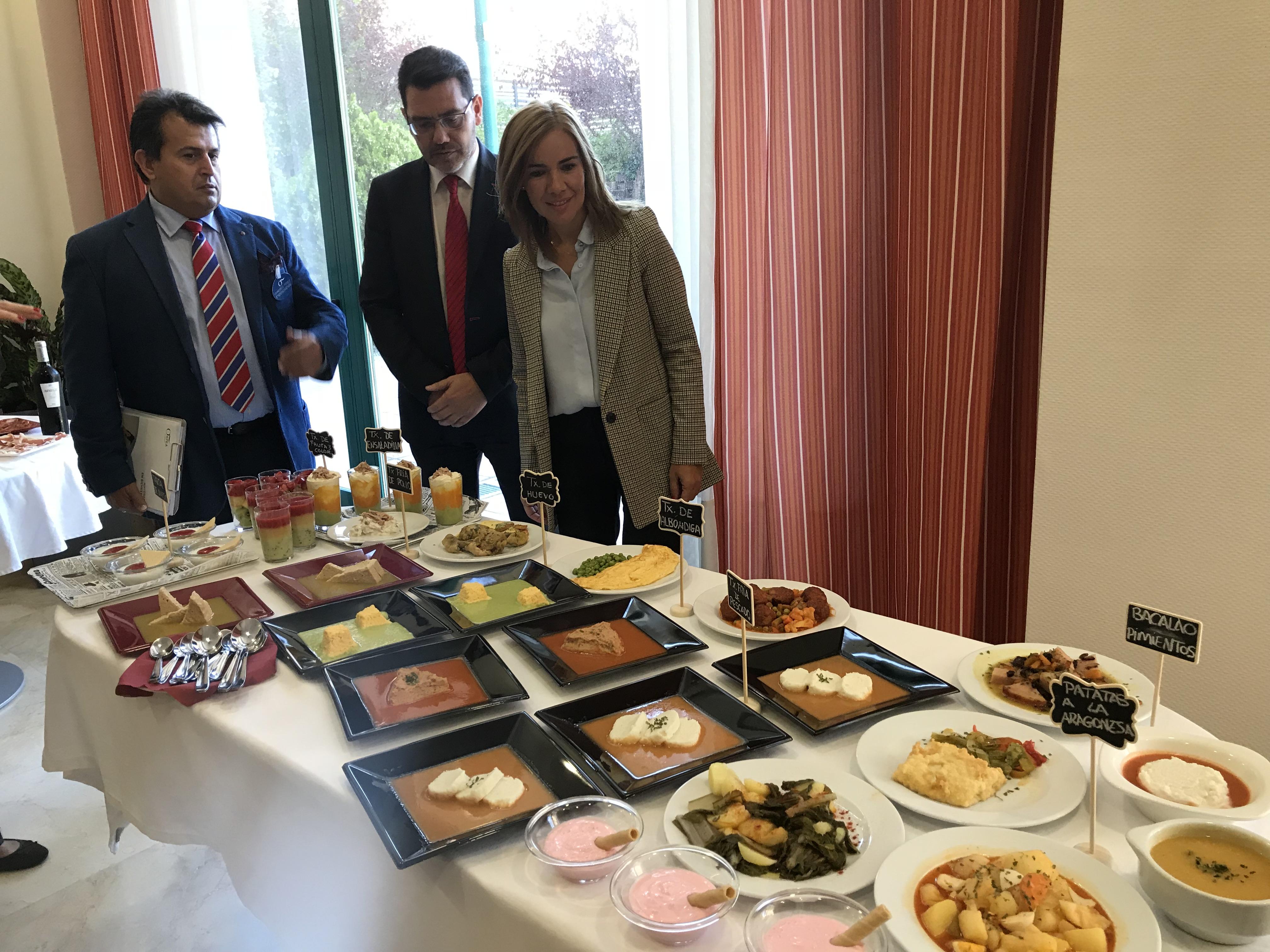 La viceconsejera de Políticas Sociales de la CAM visita ORPEA Pinto 1 para conocer el sistema de comidas texturizadas