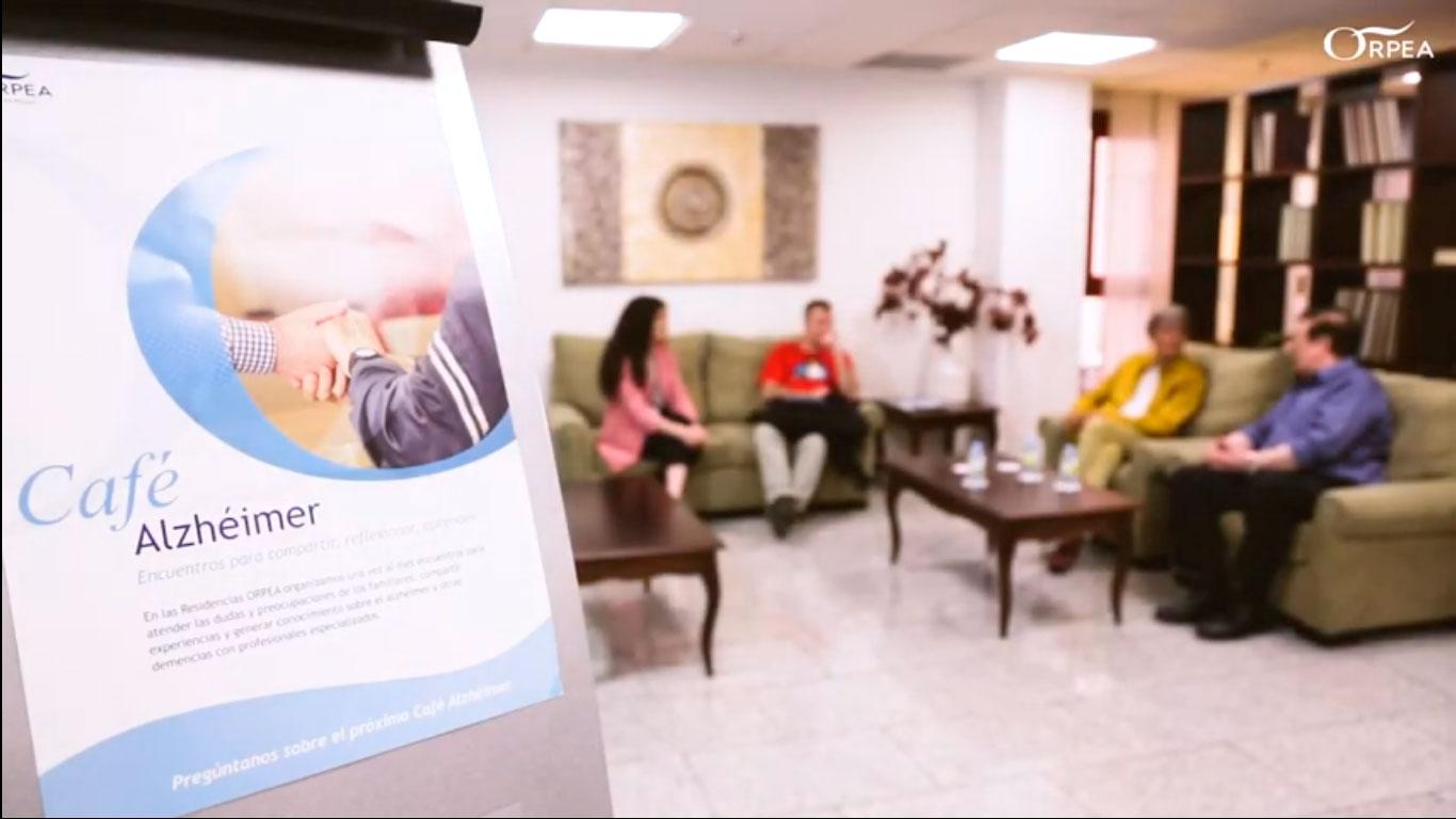 Orpea cuida del cuidador con Café Alzheimer