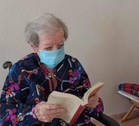 Beneficios de leer para las personas mayores